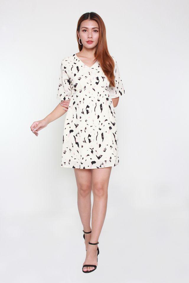 Yvette Short-Sleeve Babydoll Dress in White