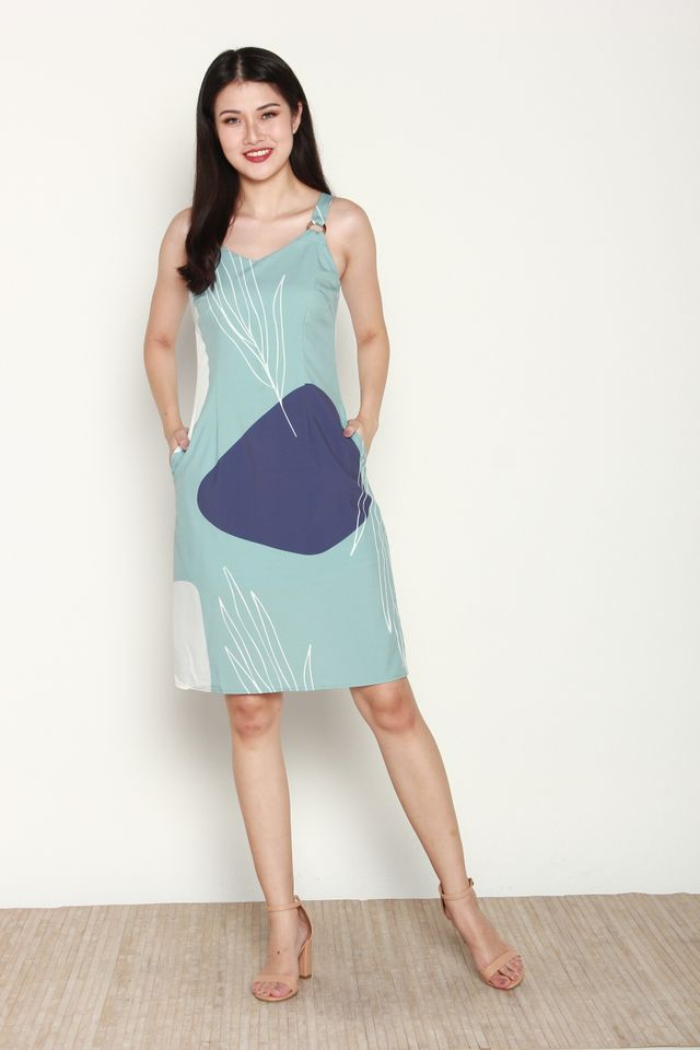 Lovise Abstract Print with Ring Dress in Green/Blue