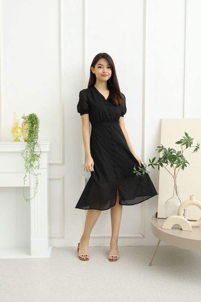 Luisa Front Button Down Sleeved Midi Dress in Black